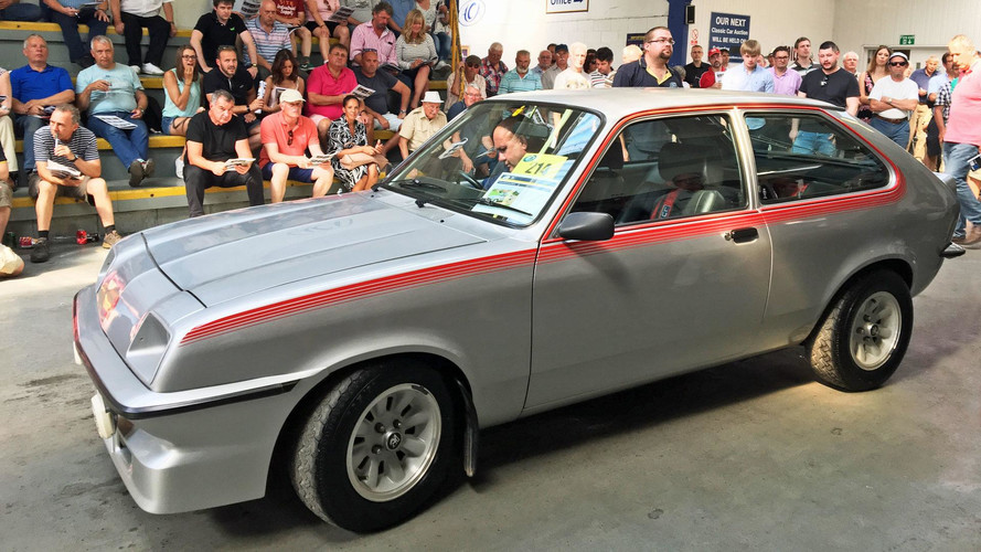 Nadir bulunan Vauxhall Chevette HS 28,000 £'a satıldı