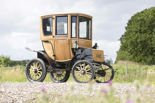 One of the World's Oldest Electric Vehicles Sold For $95,000 at Auction