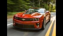 Pela terceira vez seguida, Camaro supera Mustang em vendas nos Estados Unidos