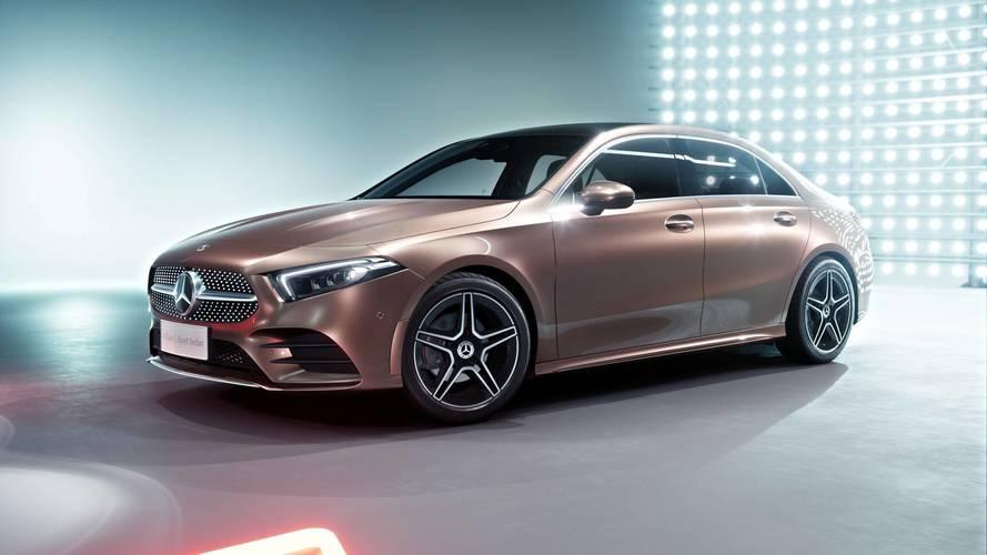 A kínai piacra hangolt változattal debütált a Mercedes A-osztály szedán kivitele