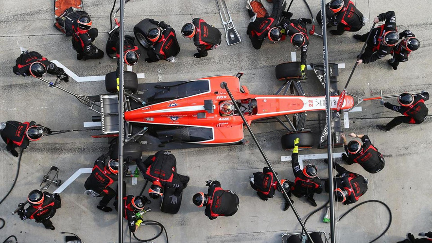 F1 considers minimum time for pitstops