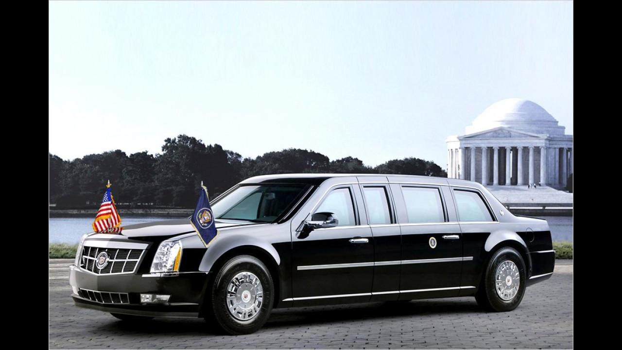 Dieser deutlich moderner aussehende Cadillac aus dem Jahr 2009 dürfte noch in Dienst sein – darin fährt der aktuelle US-Präsident, Barack Obama.
