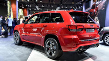Jeep Grand Cherokee SRT Red Vapor live in Paris