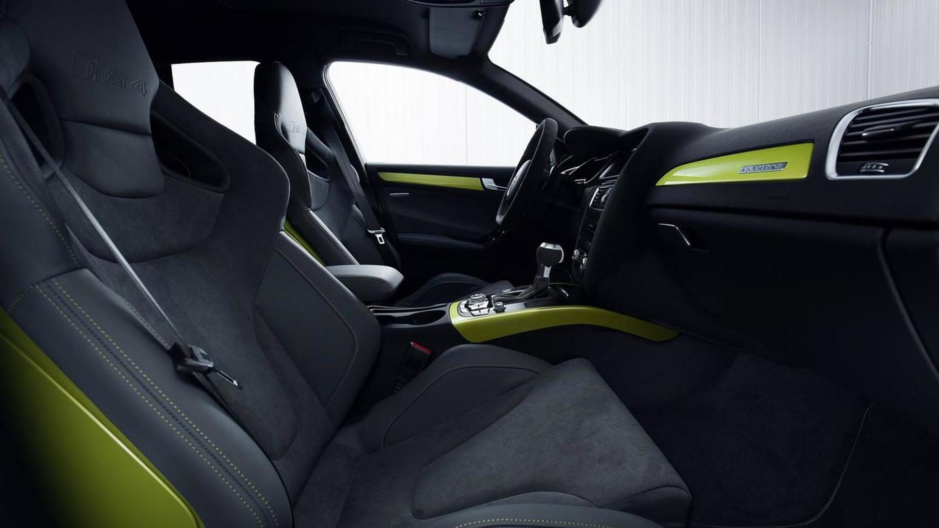 Фото салона Audi RS4 Avant от Audi Exclusive