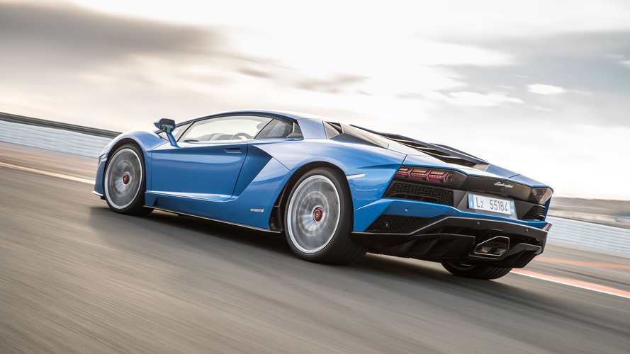 2017 - Lamborghini Aventador S