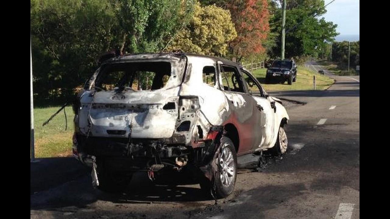 SUV da Ranger, Ford Everest pega fogo durante avaliação