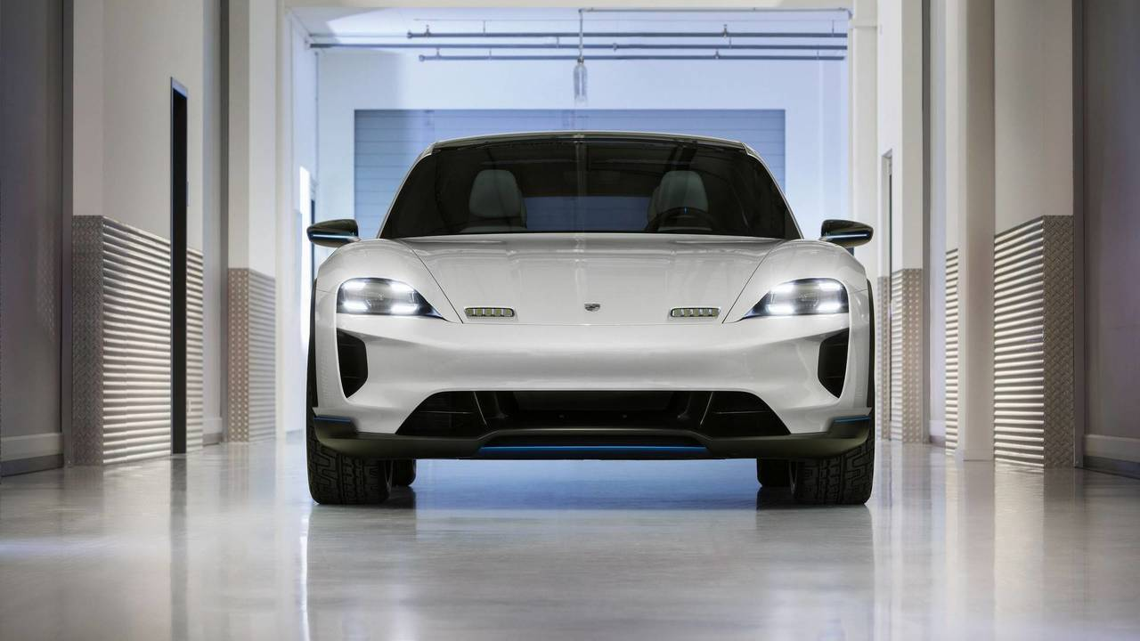 Porsche Mission E Cross Turismo