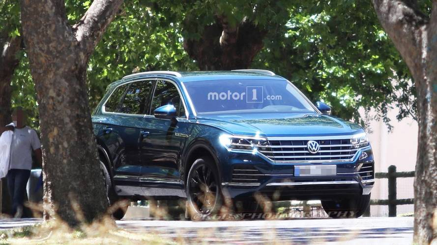 2019 VW Touareg Caught Completely Uncovered In New Spy Photos