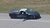 Ortadan motorlu C8 Corvette casus fotoğraflar