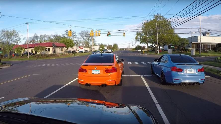 Gyorsultak egyet az M3-as BMW-vel, csak nem vették észre, hogy egy rendőrautó is van mögöttük