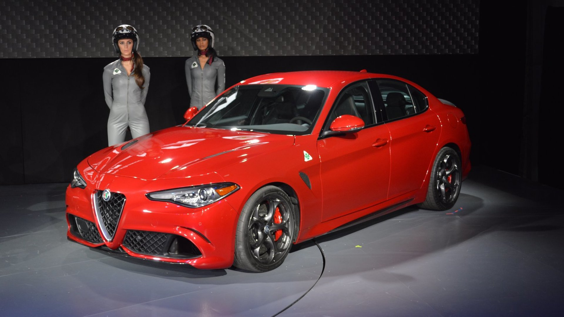 us spec alfa romeo giulia revealed with 276 hp version 73 pics. Black Bedroom Furniture Sets. Home Design Ideas