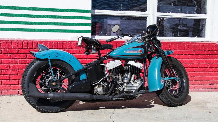 Vintage Review: 1947 Harley-Davidson UL Bobber