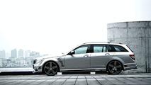 Mercedes C-Class Wagon SPORTS LINE Black Bison Edition by Wald International