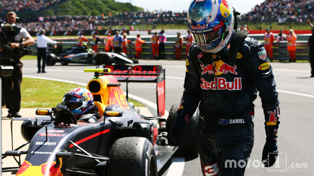 Daniel Ricciardo, Red Bull Racing with team mate Max Verstappen, Red Bull Racing RB12 in parc ferme