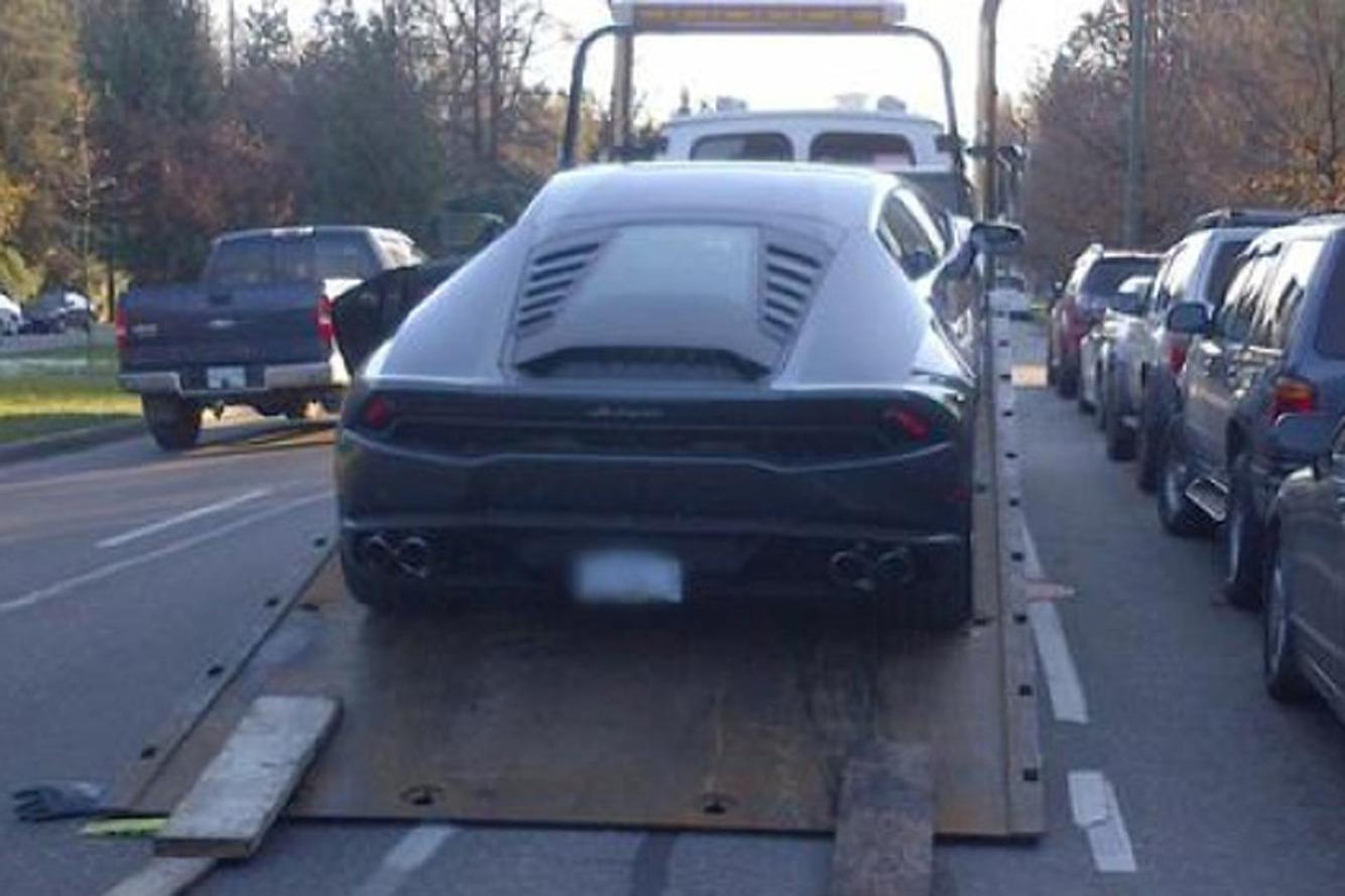 Cops Nab Lamborghini Speeder, Call Him Out on Twitter