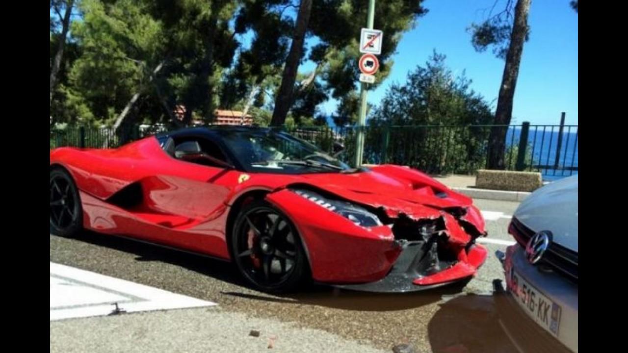 Cenas fortes: veja as fotos do primeiro acidente com uma LaFerrari