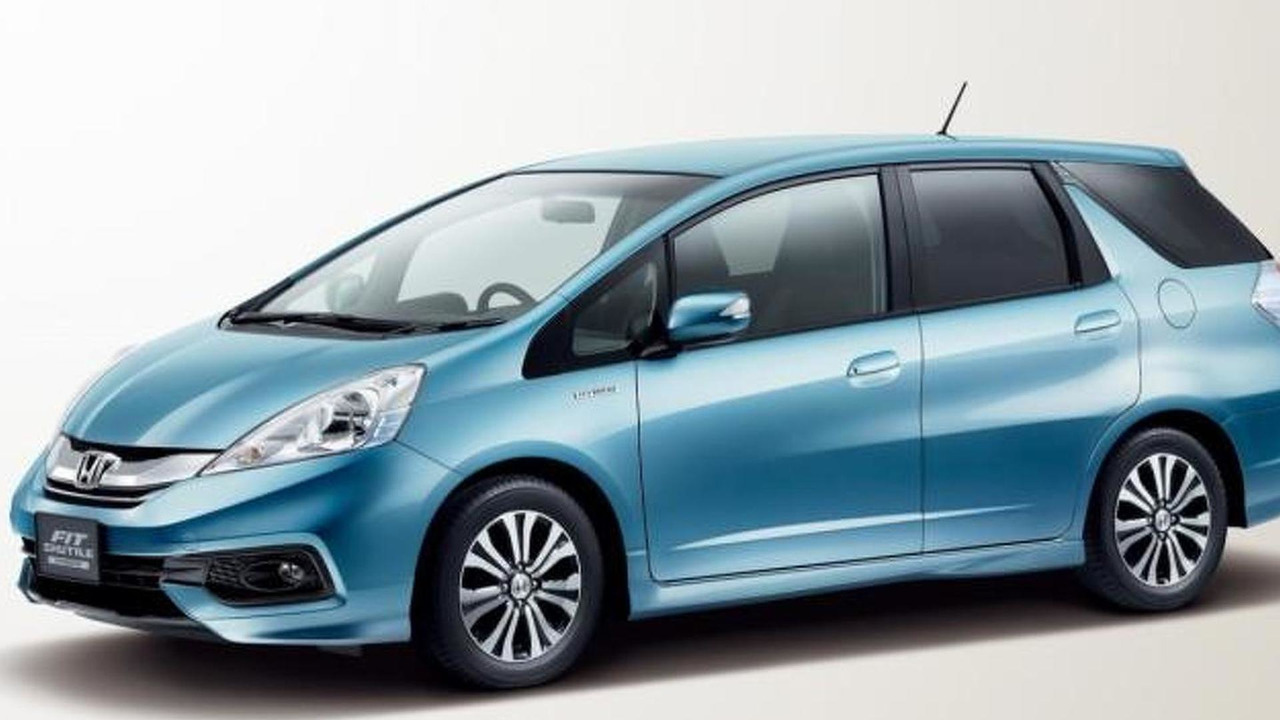 2014 Honda Fit Shuttle facelift 24.08.2013