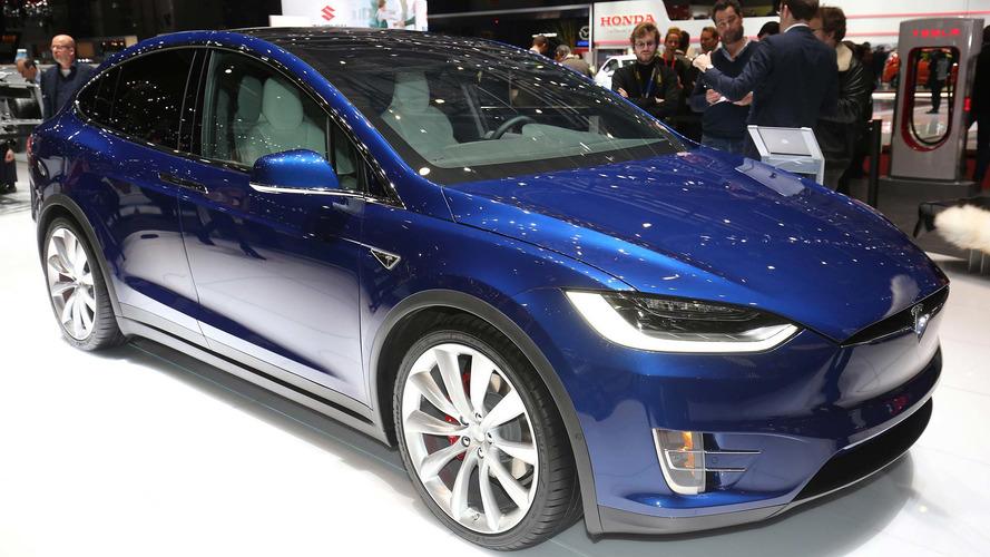 Tesla Reduces Price Of Model S, X 100D, P100D