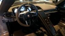 Porsche 918 Spyder güpegündüz çalındı