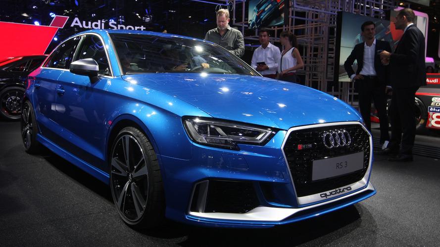 Audi RS3 Sedan, Paris'e 400 bg güç ile geldi