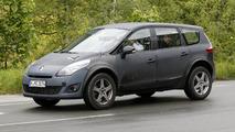 Next-gen Renault Koleos mule spy photo 13.06.2013