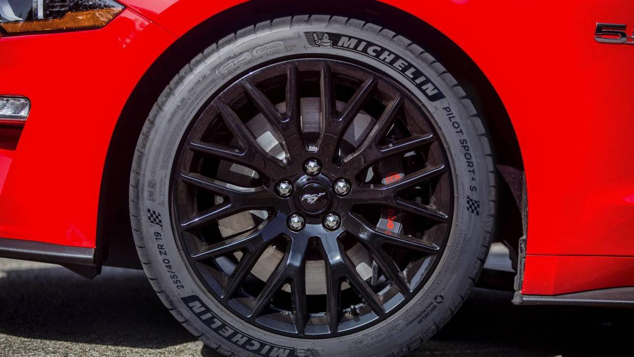 2018 Ford Mustang GT Michelin Pilot Sport 4S Tires