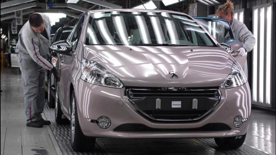 Peugeot 208, rallenta la produzione
