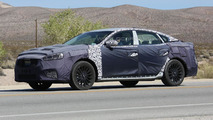 2017 Kia Cadenza spy photo