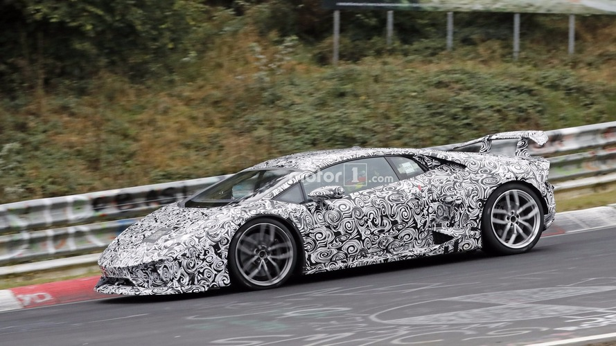 Lamborghini Huracan Superleggera hides aero tweaks (20 photos)