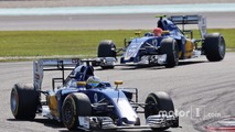 Marcus Ericsson, Sauber C35 leads team mate Felipe Nasr, Sauber C35