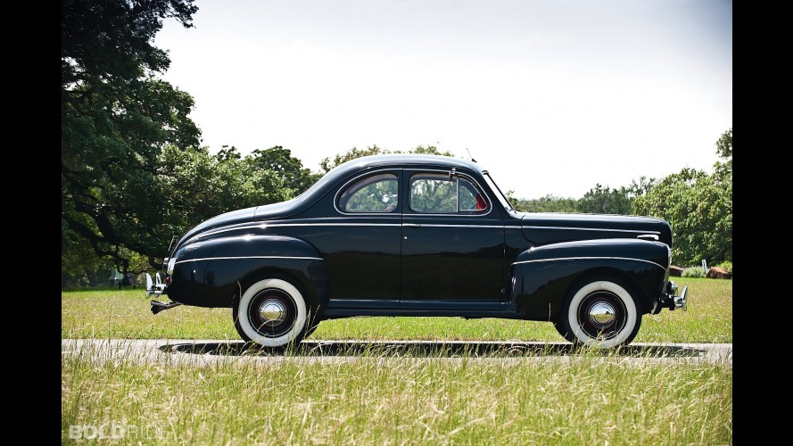 Ford Super Deluxe Business Coupe