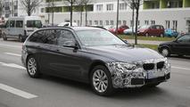 BMW 3-Series Touring facelift spy photo