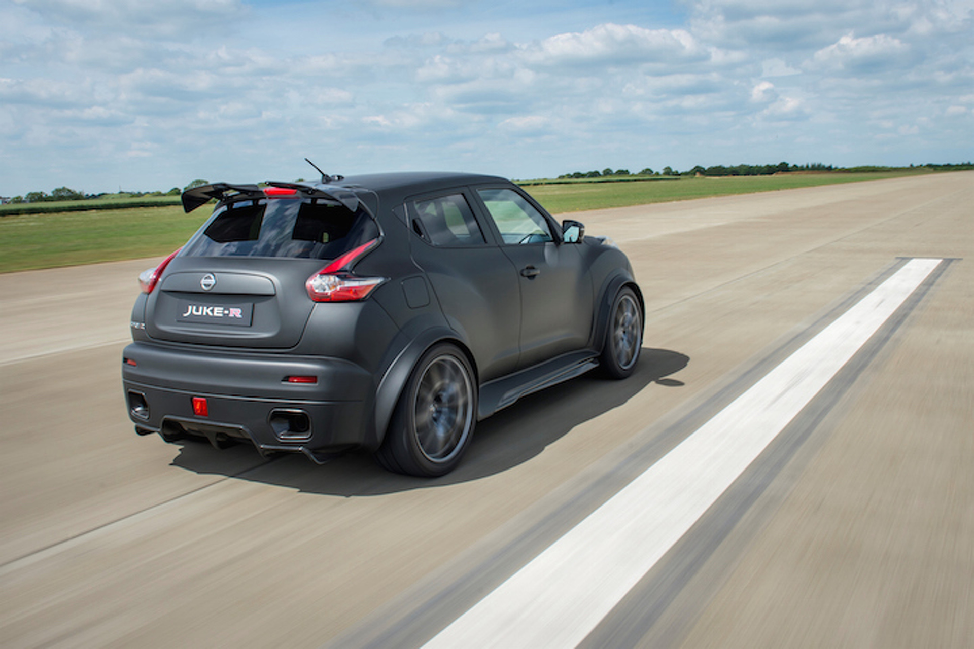 Nissan Unleashes Updated Juke-R 2.0 With Even More Power