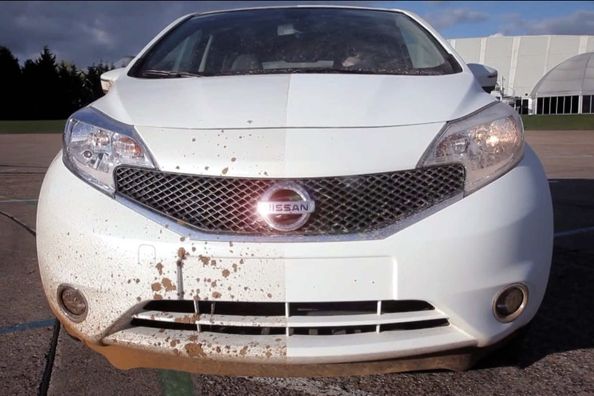 Nissan May Have Created First-Ever Self-Cleaning Car