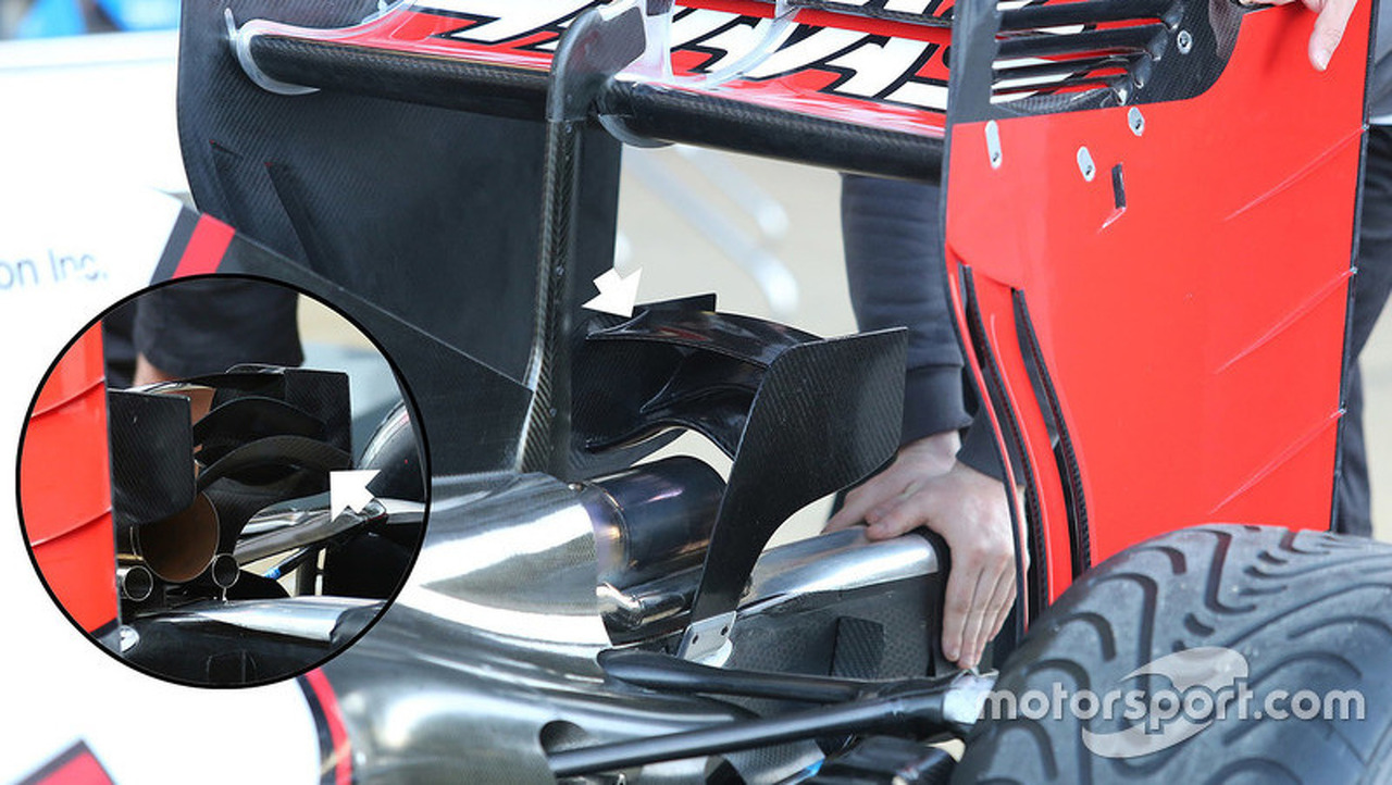 Haas F1 Team VF-16 monkey seat detail