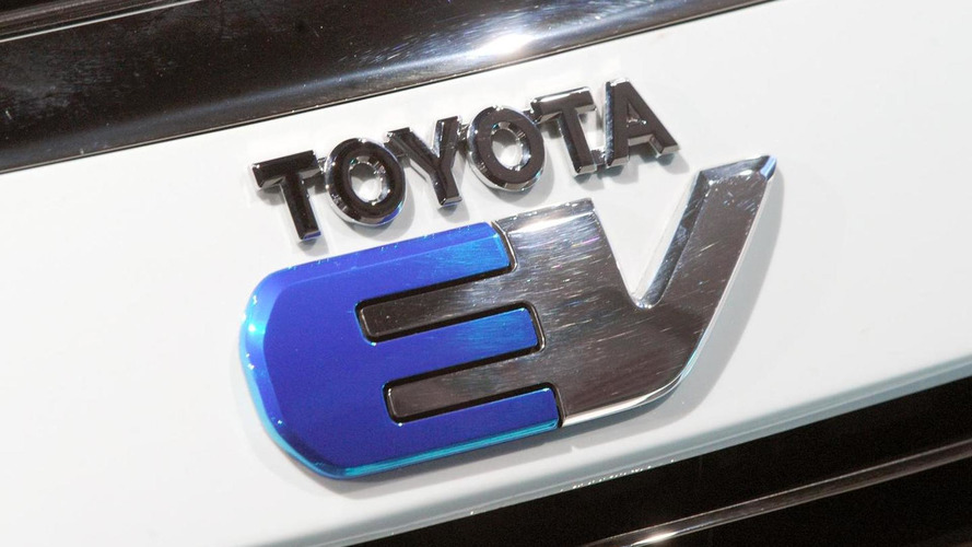 Toyota Wants to Deploy Long-Range, Fast-Charging EVs by 2022