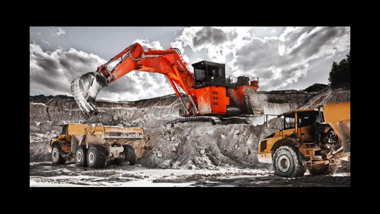 Februar: Hitachi EX1900-6 Miningbagger (Hirschau, Deutschland)