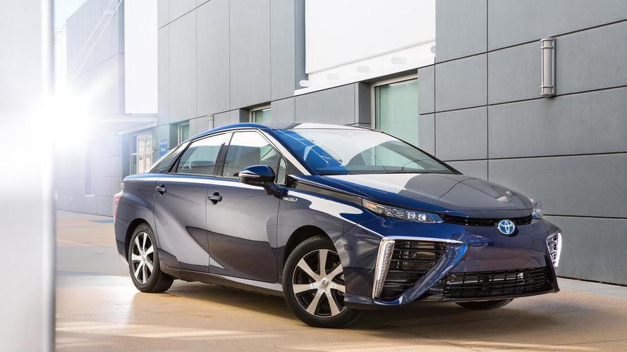 2016 Toyota Mirai to have an EPA-estimated range of 312 miles