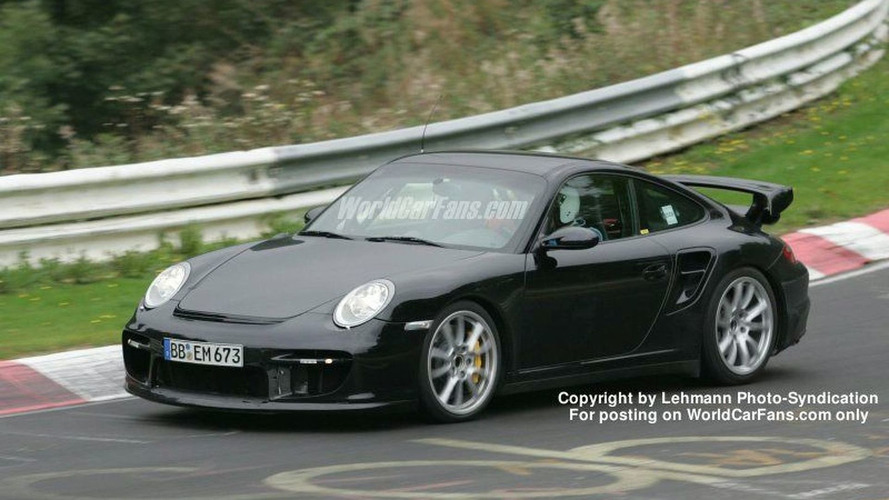 SPY PHOTOS: More Porsche 911 GT2