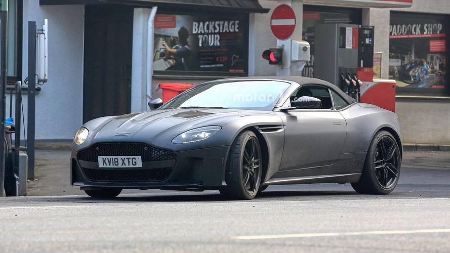 Aston Martin DBS Superleggera Volante Casus Fotoğrafları