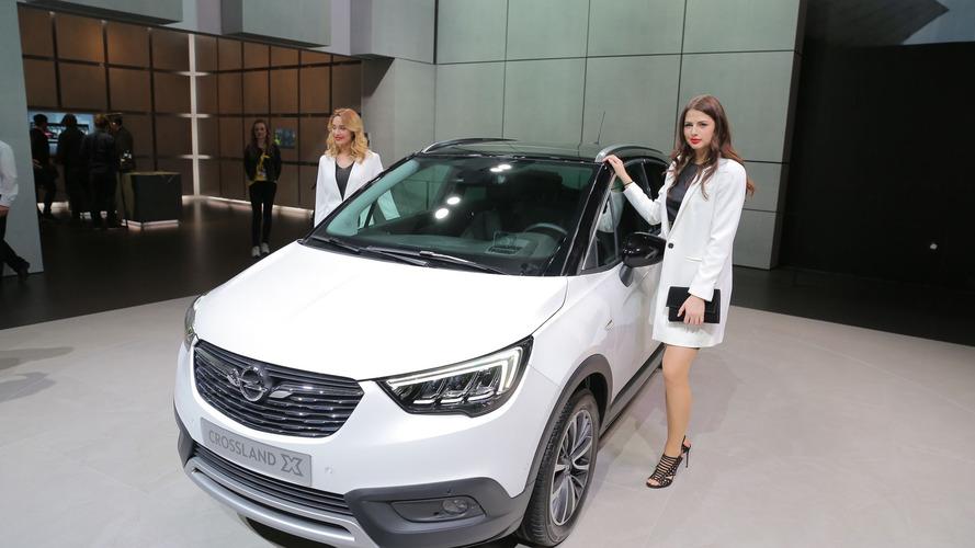 Crossland X, Cenevre'de Opel-PSA evliliğini kutluyor