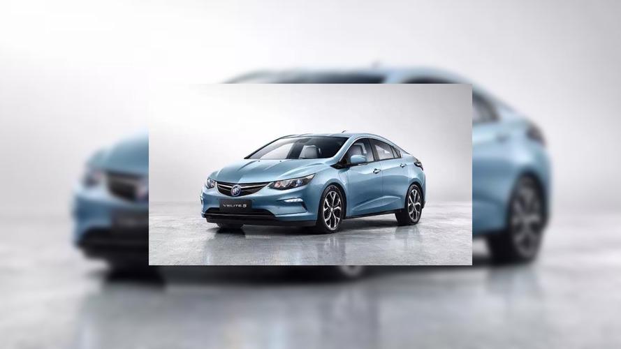 Sızan Buick Velite 5 fotoğrafı aracın temellerini gösteriyor