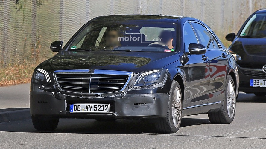 2018 Mercedes S-Class facelift spy photos