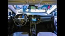 Veja mais do novo Toyota Corolla 2017 ao vivo durante apresentação