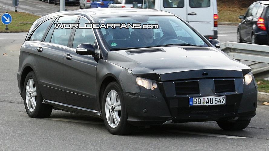 2010 Mercedes R-Class Facelift Spied Again