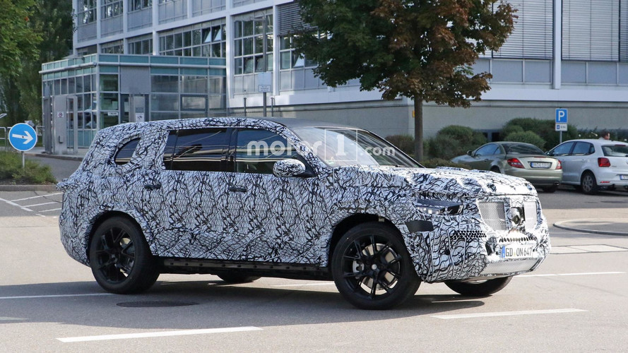 2019 Mercedes GLS Makes Spy Photo Debut
