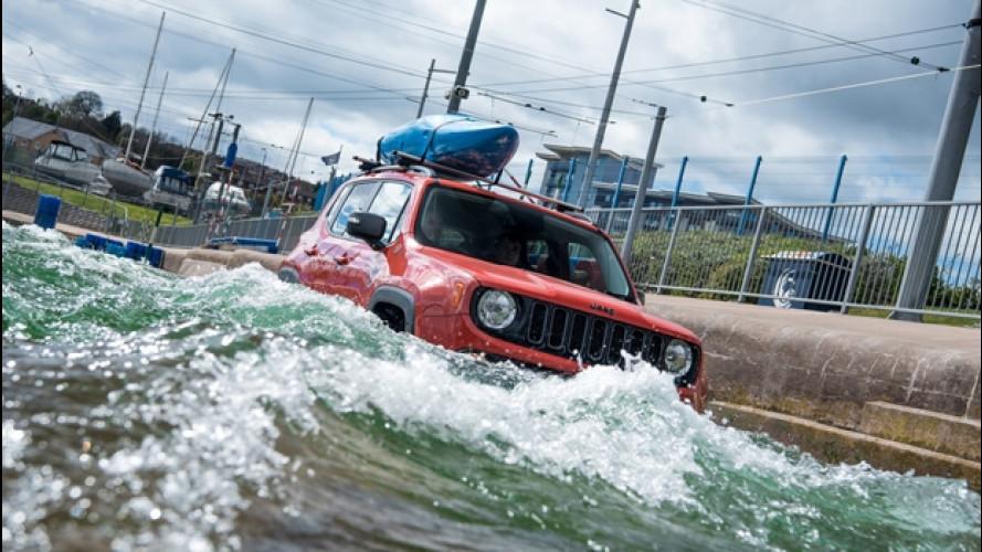 Jeep Renegade come un kayak contro le rapide
