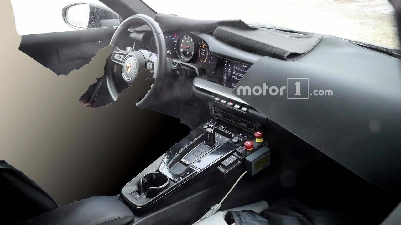 Yeni Porsche 911 kabin casus fotoğraflar