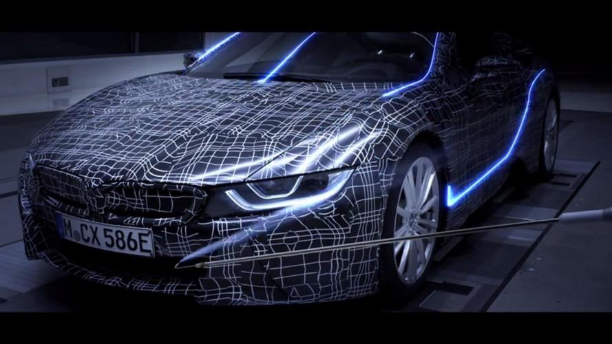 Szélcsatornában a BMW i8 Roadster