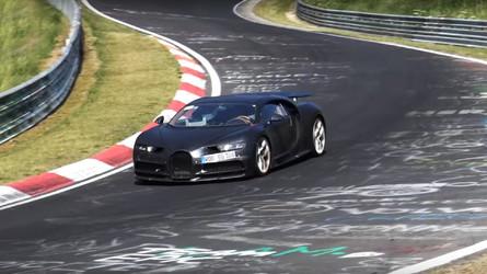VIDÉO - Un prototype de la Bugatti Chiron sur le ring